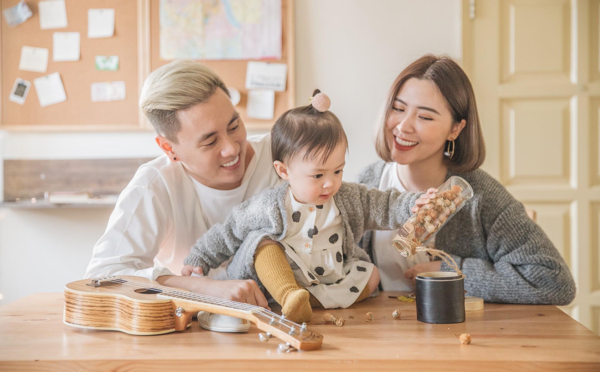 Gia đình là môi trường xã hội đầu tiên và gắn bó suốt đời mỗi đứa trẻ