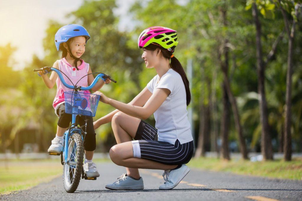 Đa dạng hoạt động để luôn tạo hứng thú và những giờ phút vận động thú vị cùng con (Nguồn: pandakidsschool.vn)